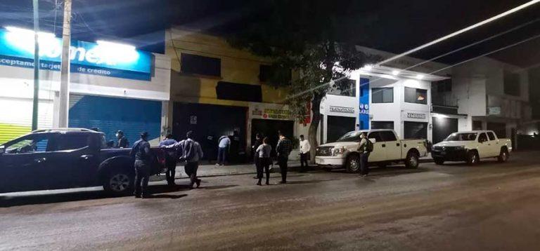 Operativo de clausura contra bares clandestinos
